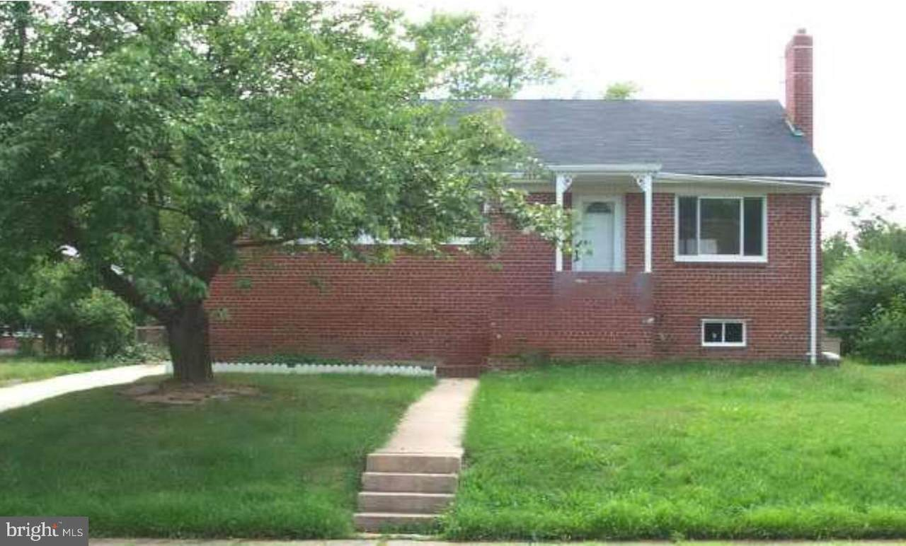 6016 Frederick Street - Photo 1