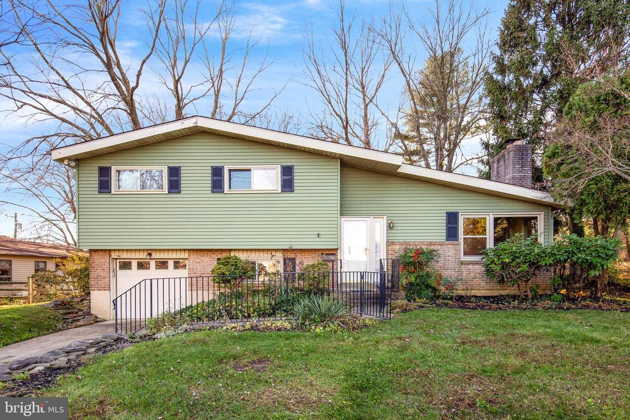 2306 Knowles Road - Photo 1