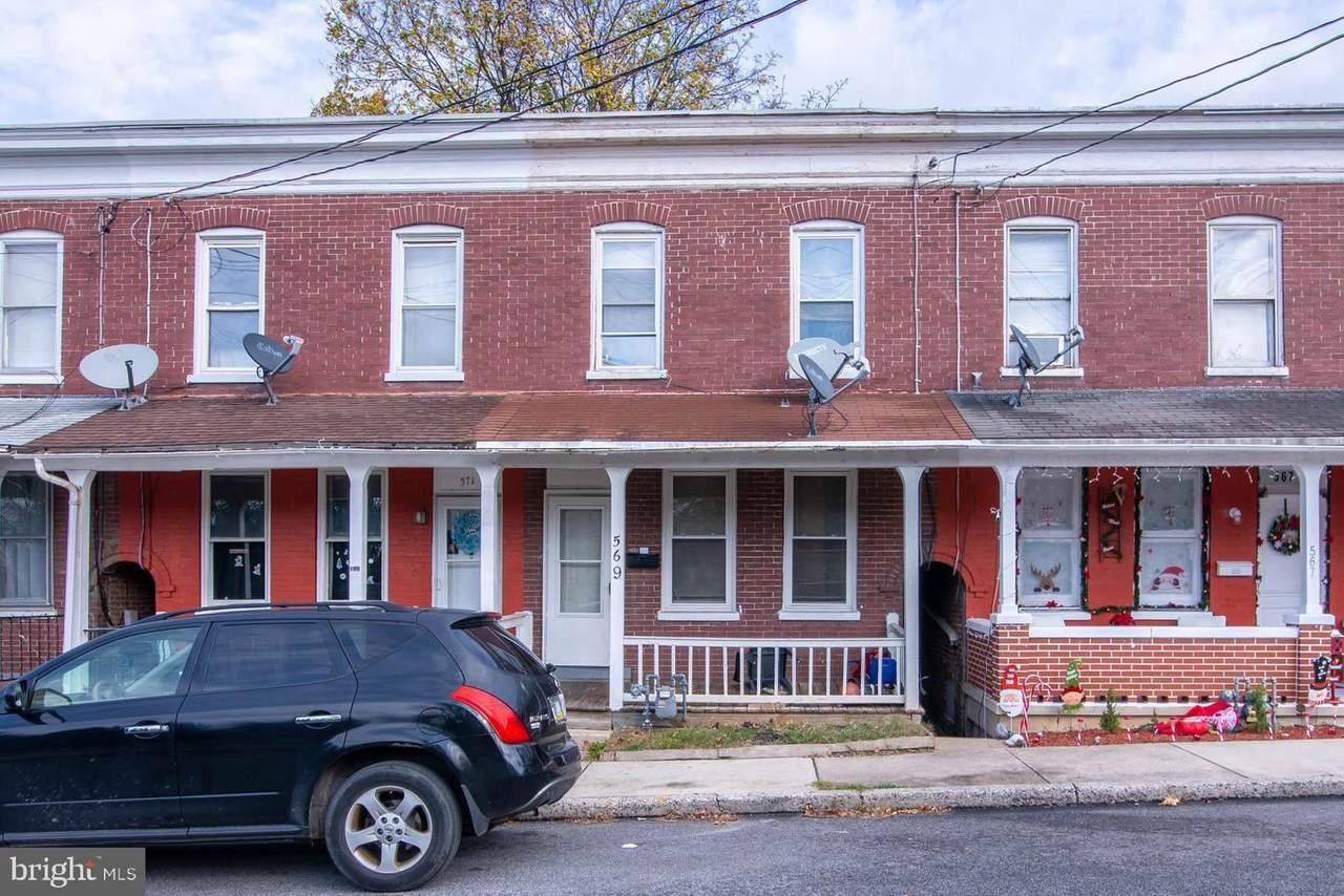 569 Smith Street - Photo 1