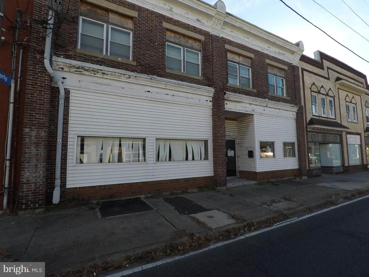 306 Warren Street - Photo 1