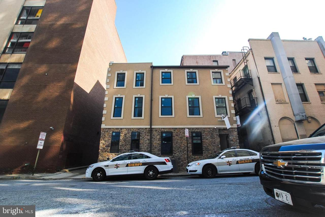 203 Davis Street - Photo 1