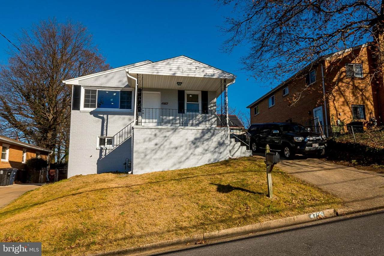 4706 Heath Street - Photo 1