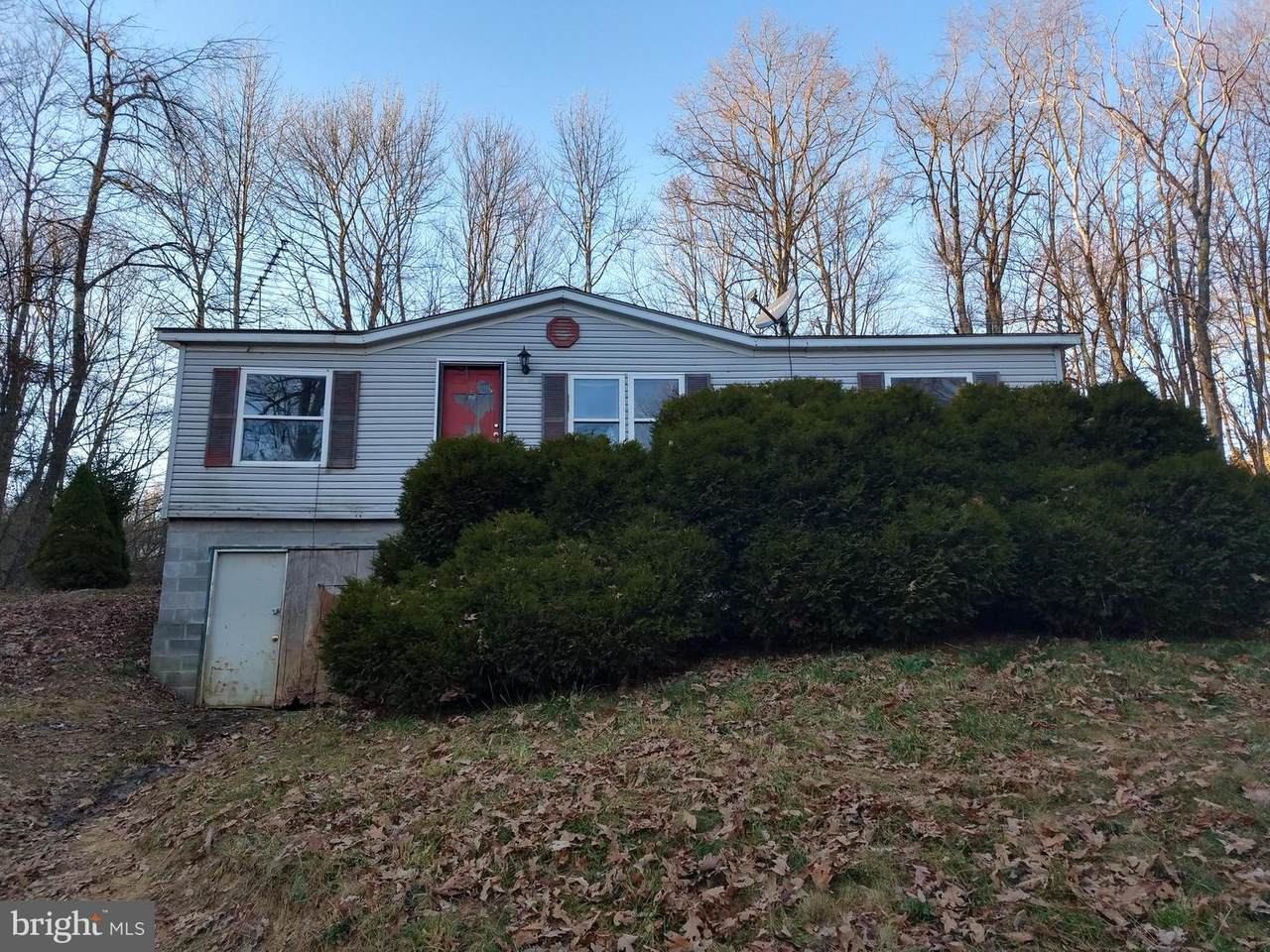 5277 George Washington Highway - Photo 1