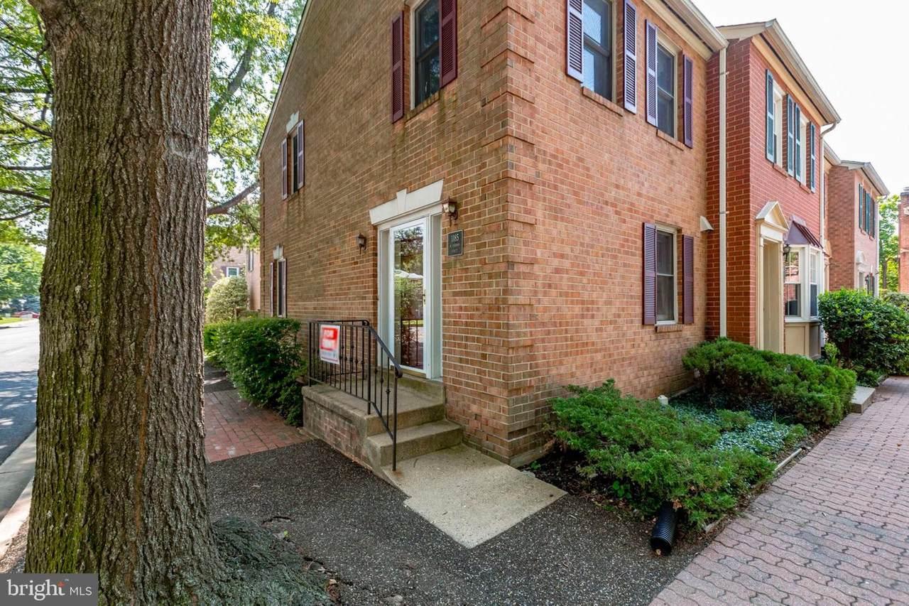 1185 Vernon Street - Photo 1