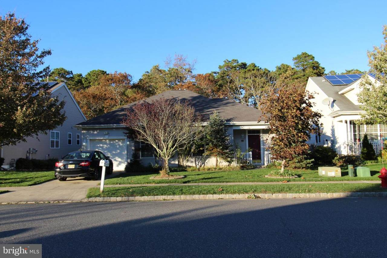 16 Sweetwater Drive - Photo 1