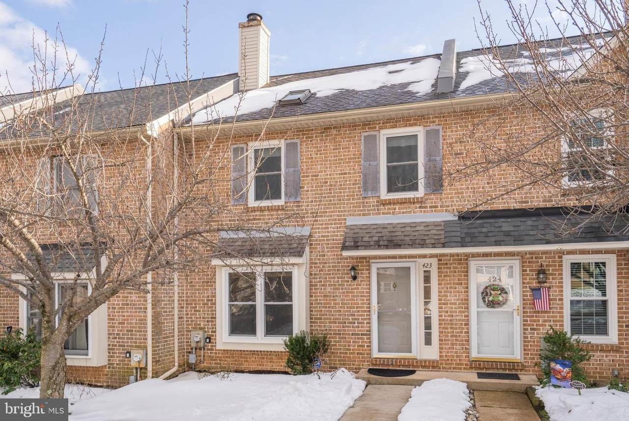 423 Anglesey Terrace - Photo 1