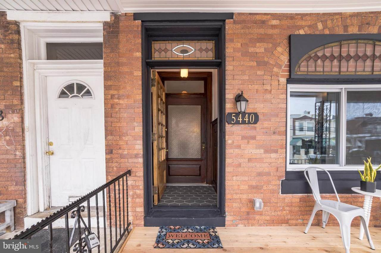 5440 Catharine Street - Photo 1