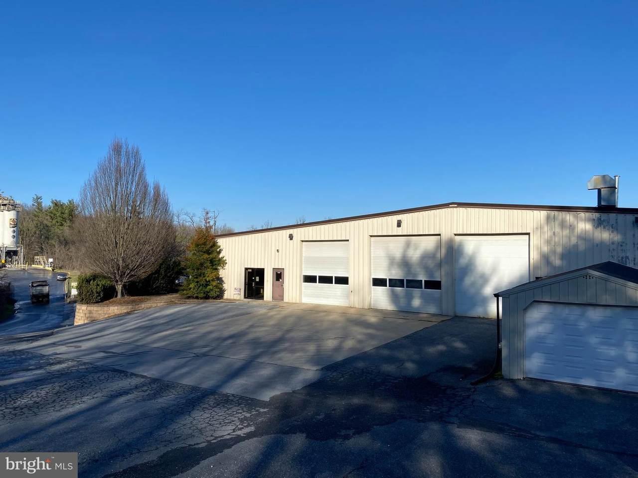 2922 Industrial Park Drive - Photo 1