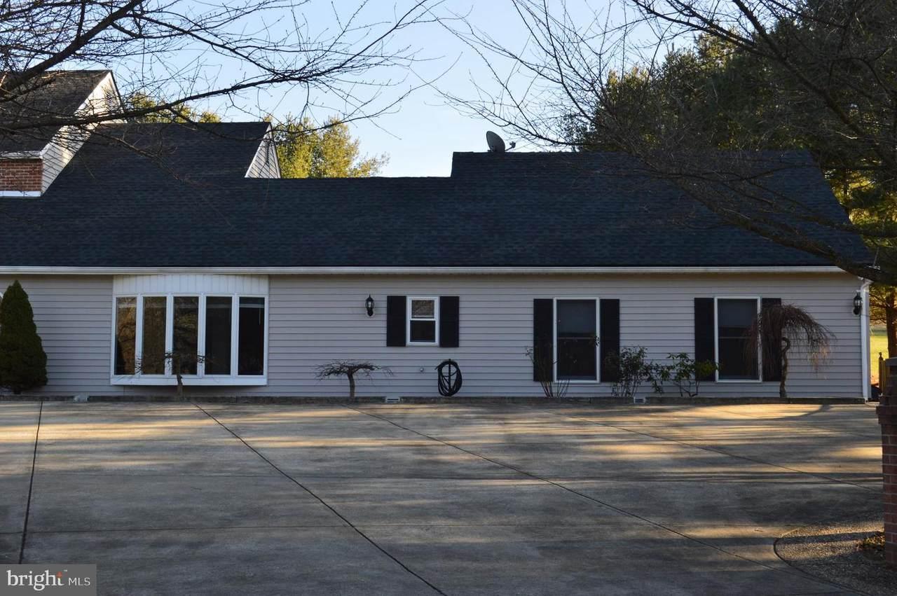 2301 Leeward Drive - Photo 1