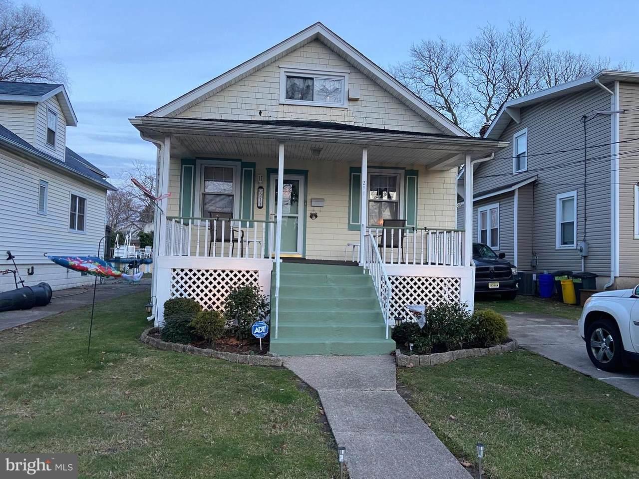 211 Glenwood Avenue - Photo 1