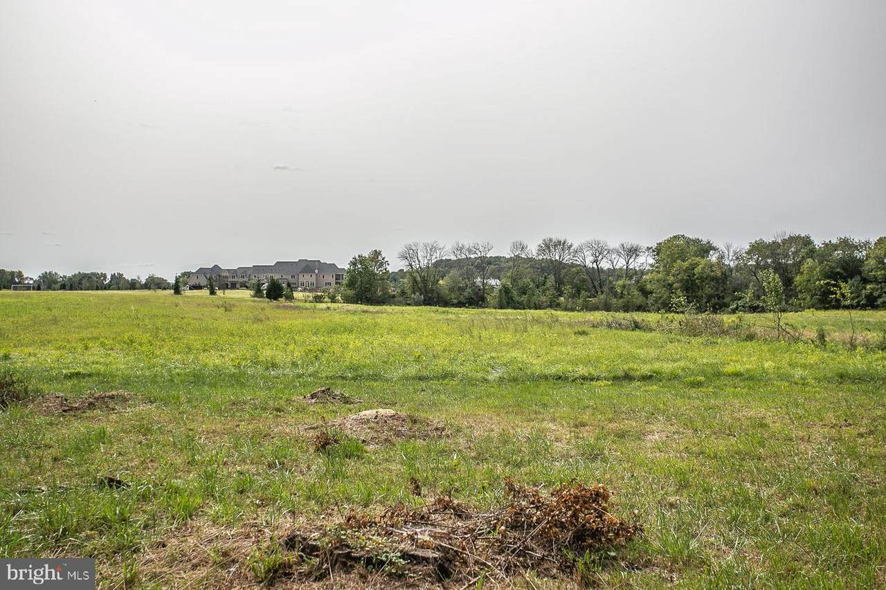 1024 Cemetery Road - Photo 1