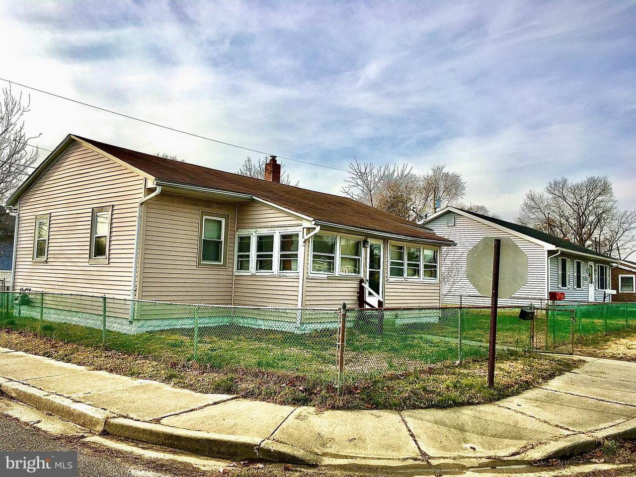 332 Polk Avenue - Photo 1