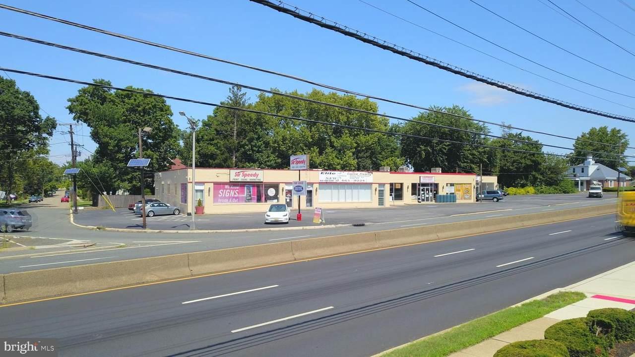 5505 Crescent Boulevard - Photo 1