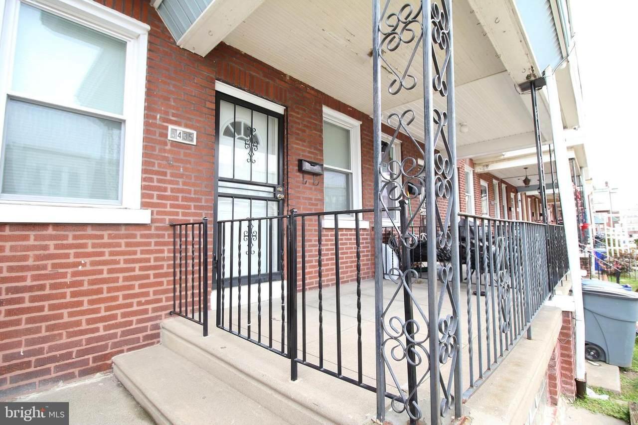 5435 Sylvester Street - Photo 1