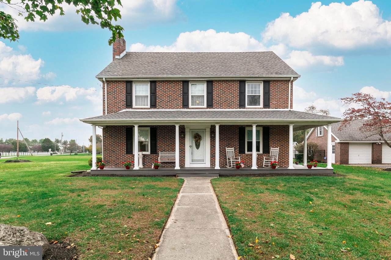 102 Willow Grove Road - Photo 1