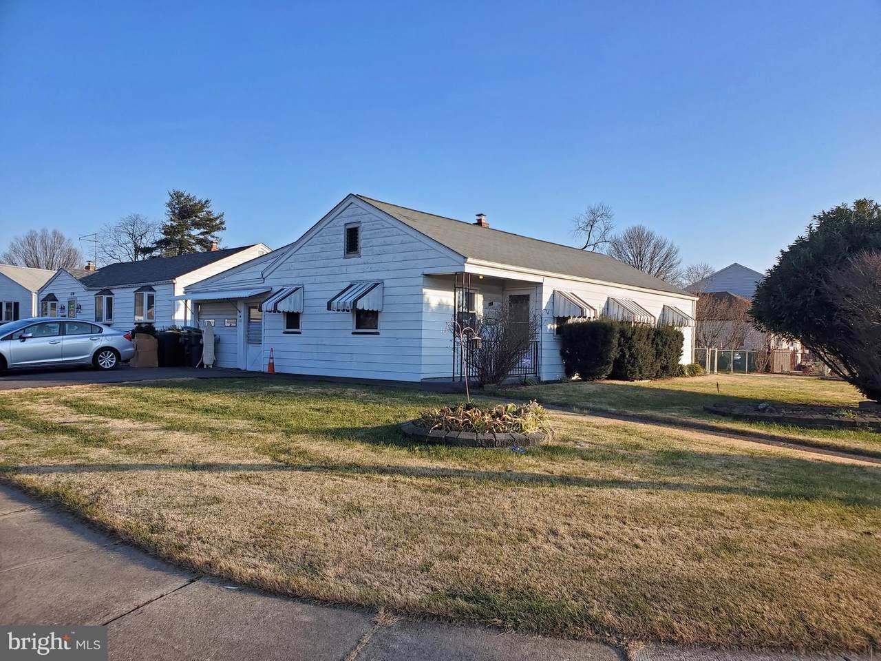 811 Centerville Road - Photo 1