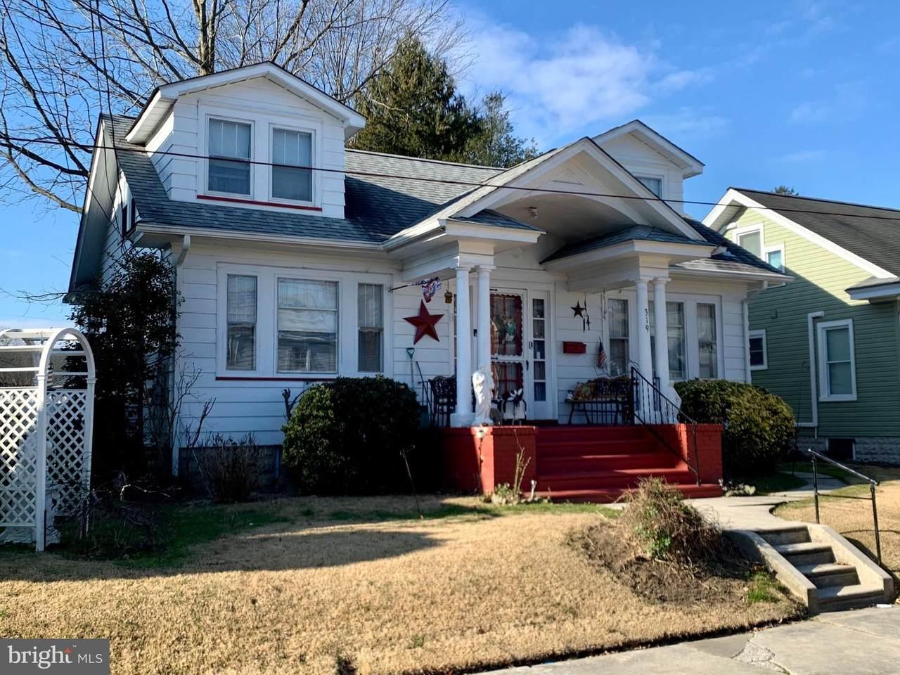 319 Craven Avenue - Photo 1