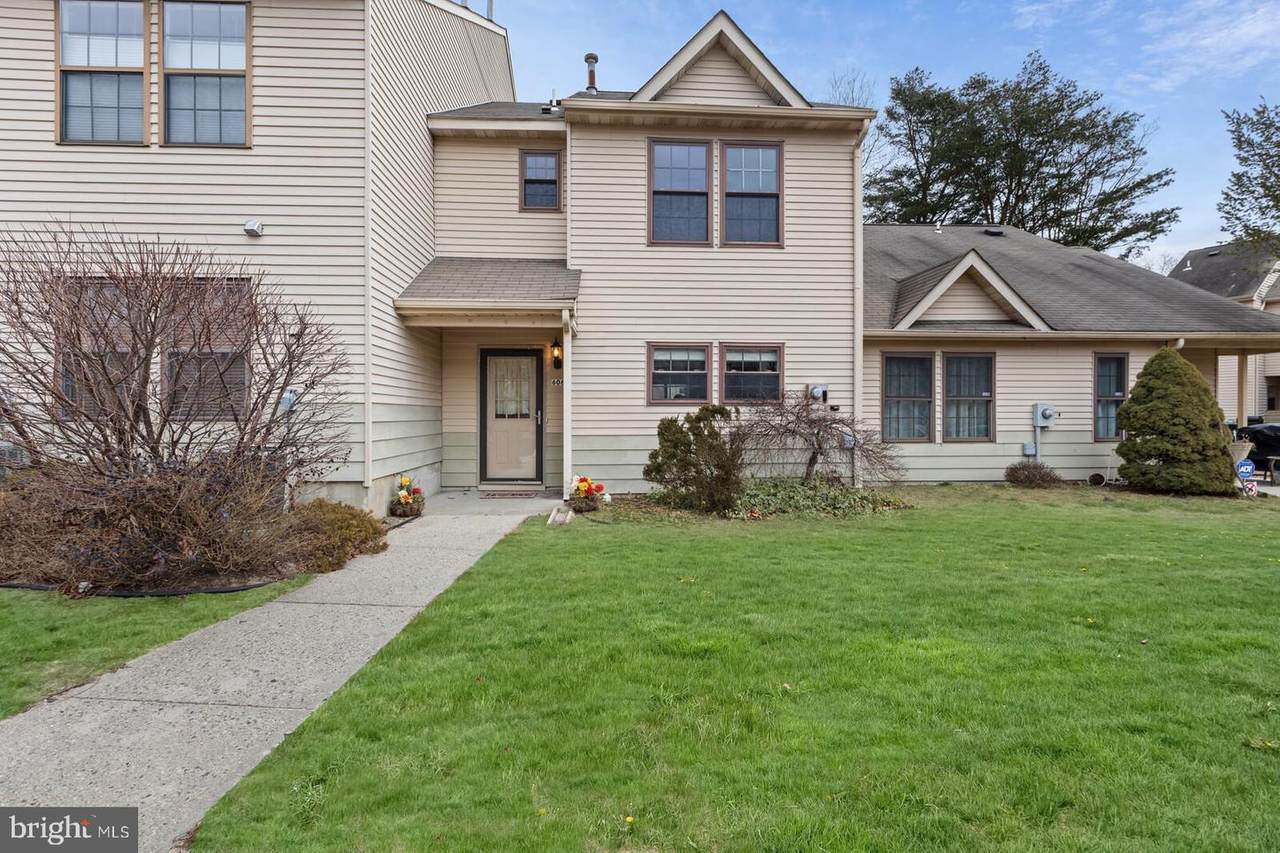 606 Bluebell Drive - Photo 1