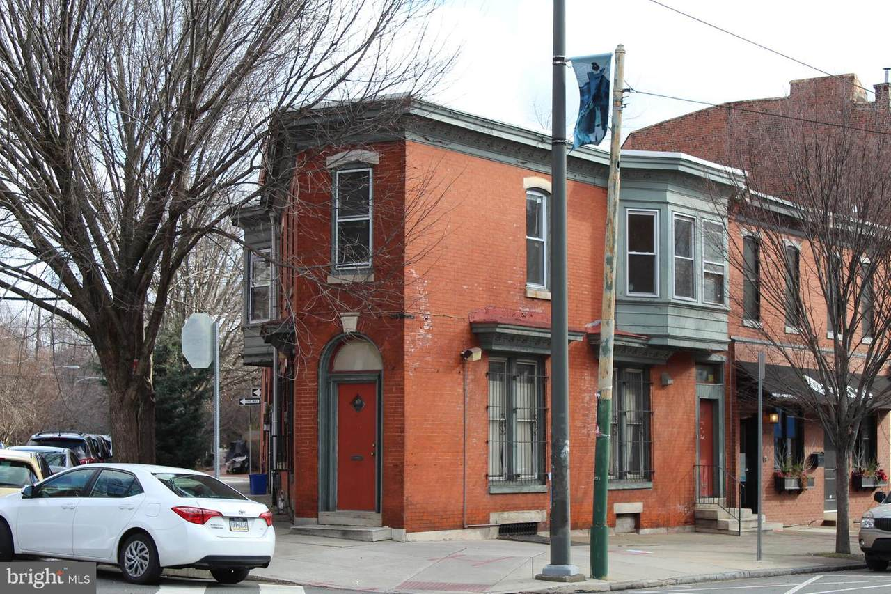 3811 Lancaster Avenue - Photo 1