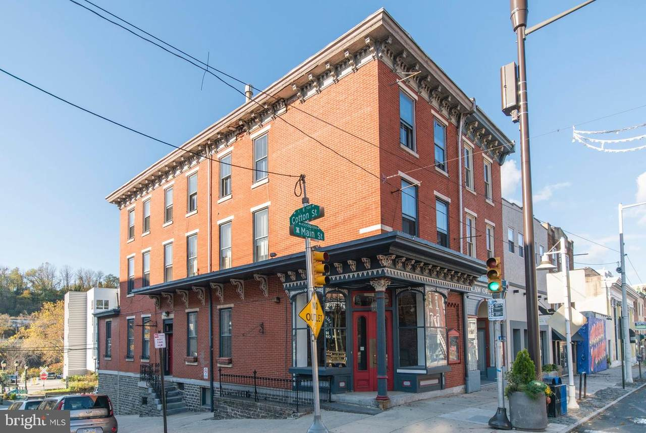 4320 Main Street - Photo 1