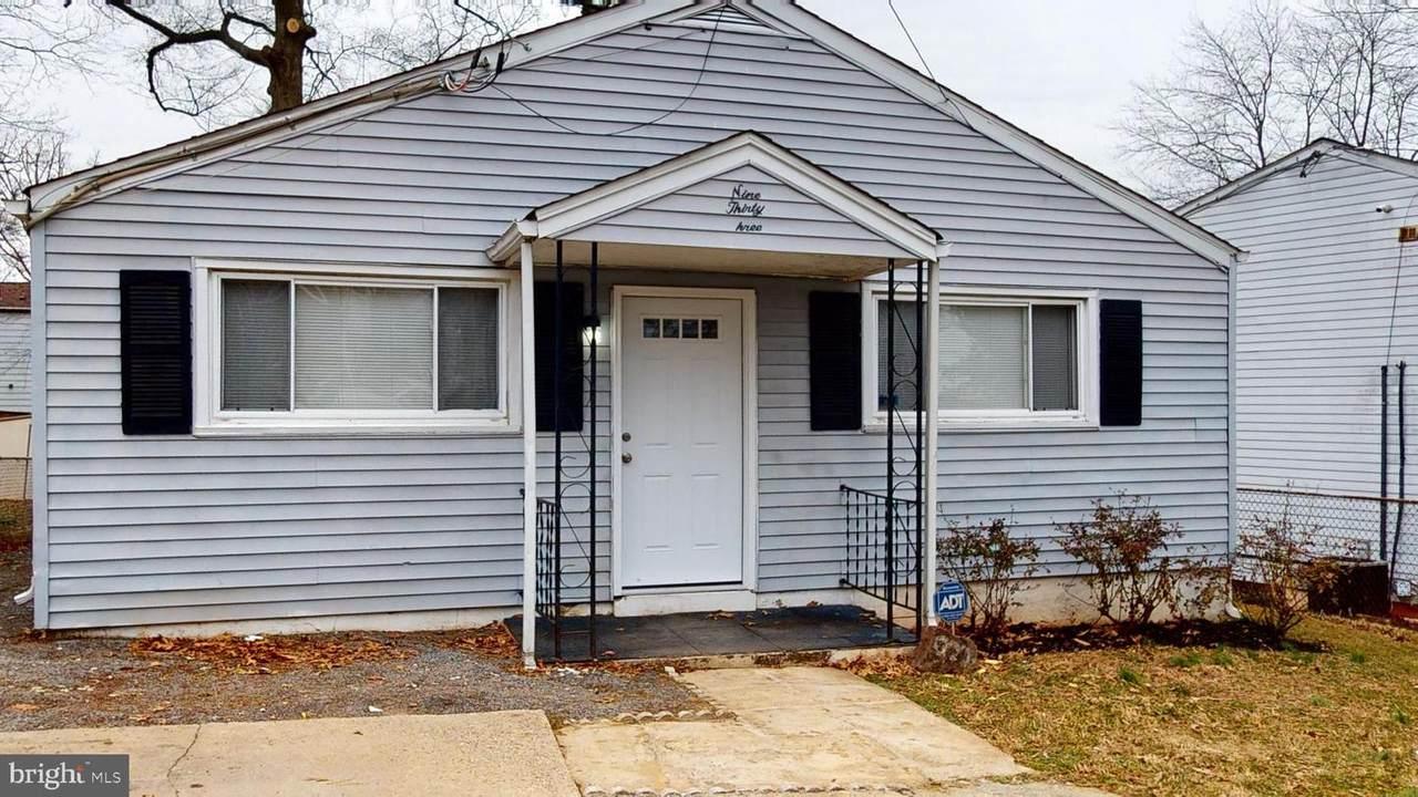 933 Clovis Avenue - Photo 1