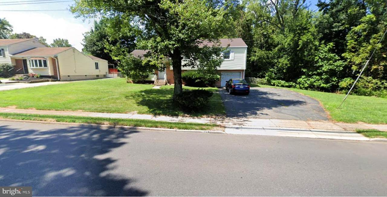 1169 Lower Ferry Road - Photo 1