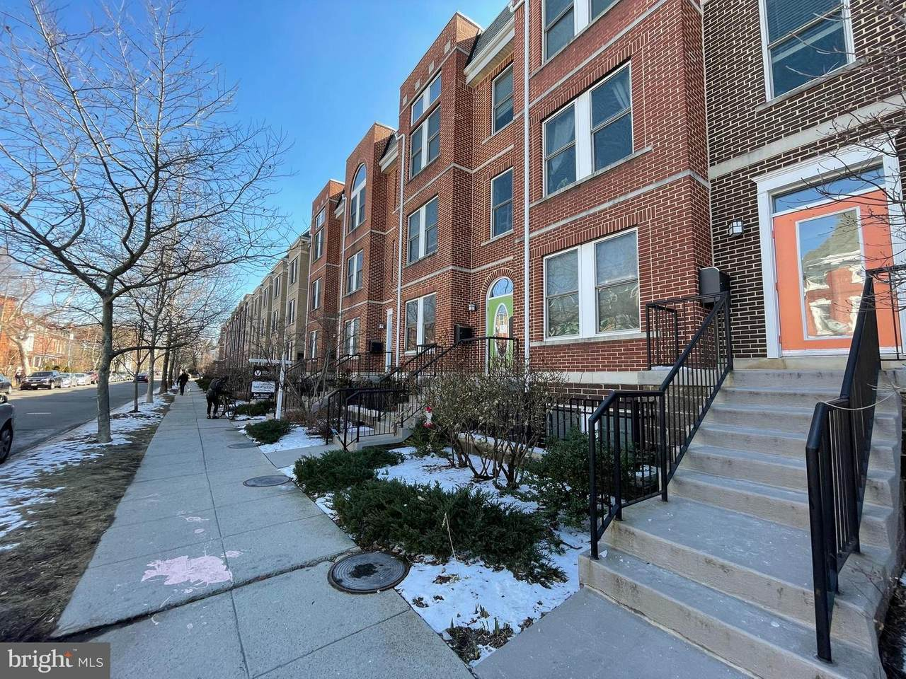 1364 Monroe Street - Photo 1