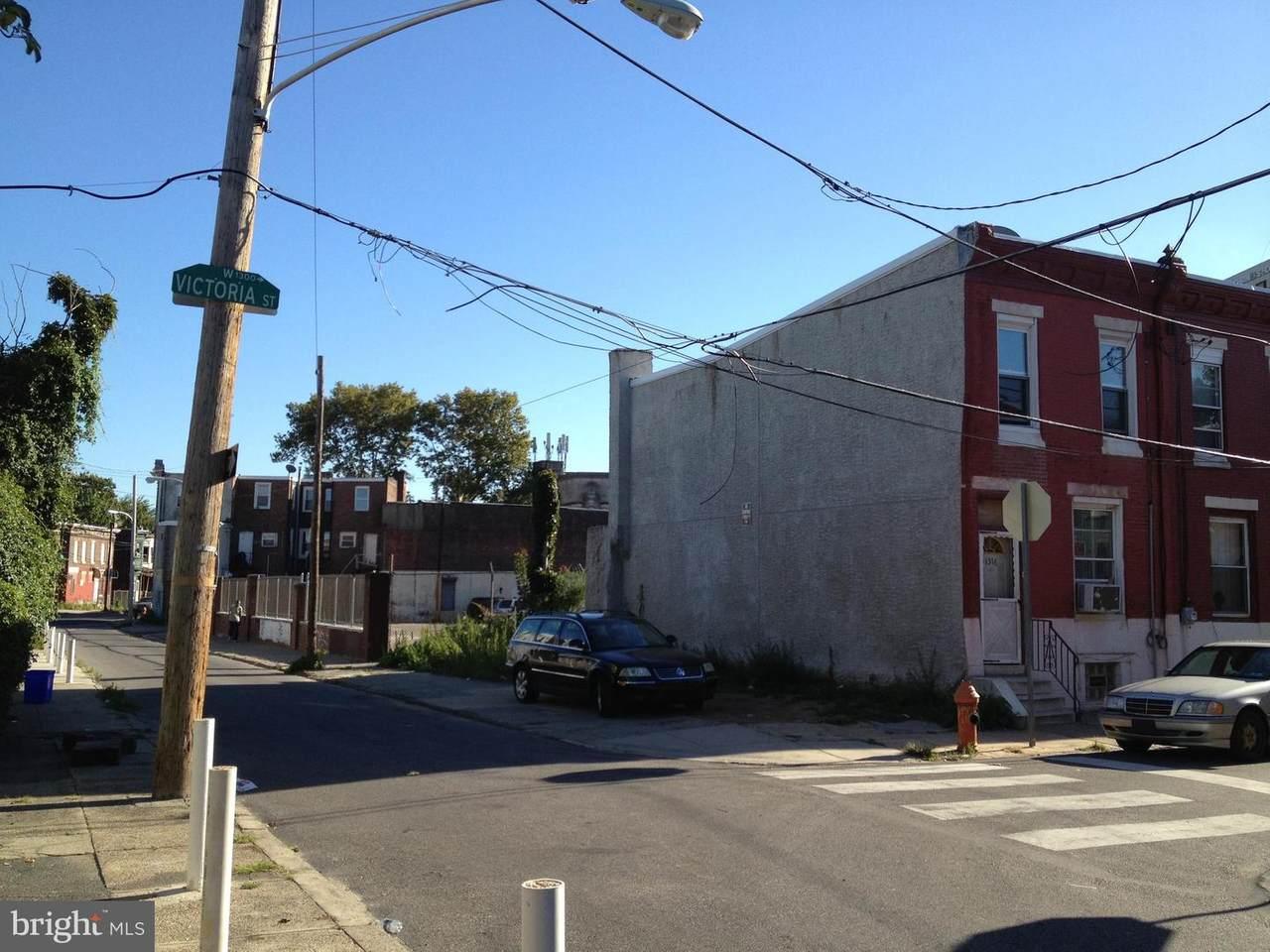 1314 Victoria Street - Photo 1