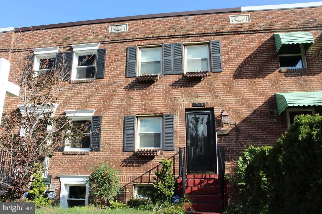 1735 Cameron Street - Photo 1