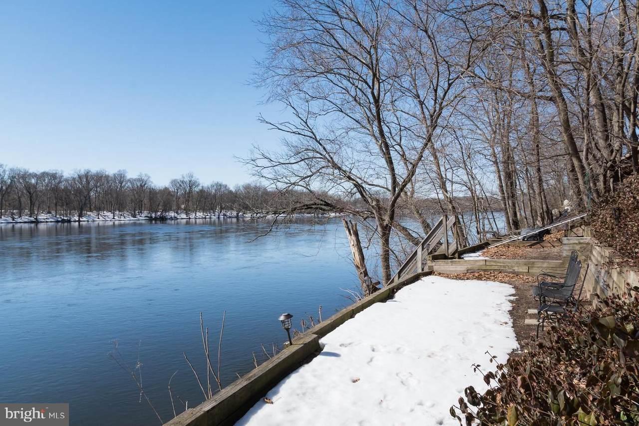 114 River Drive - Photo 1