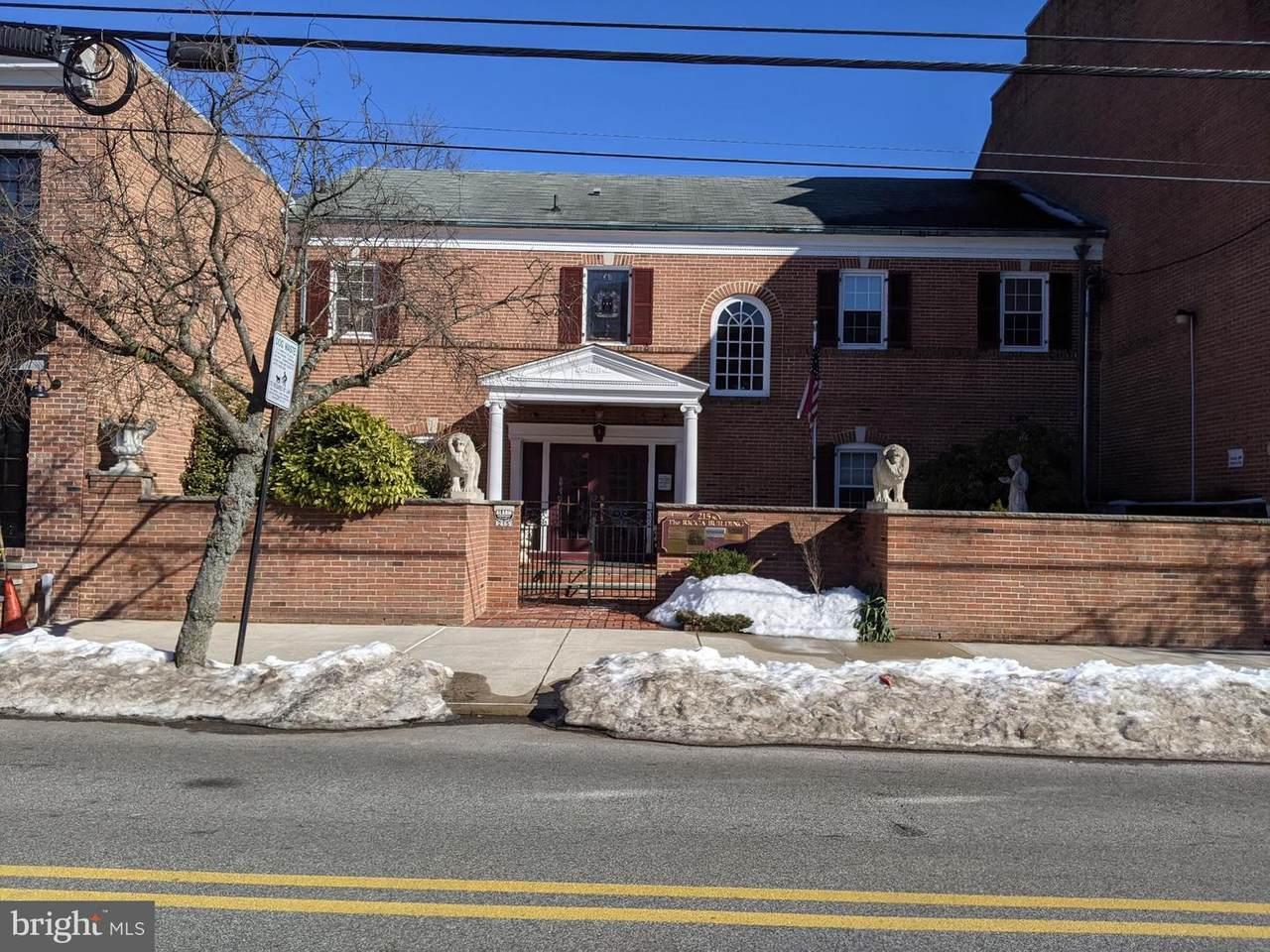 215 Olive Street - Photo 1