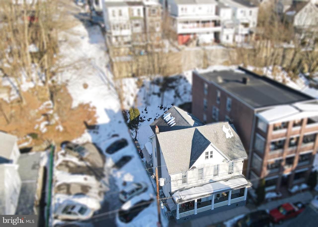 133-135 Schuylkill Avenue - Photo 1