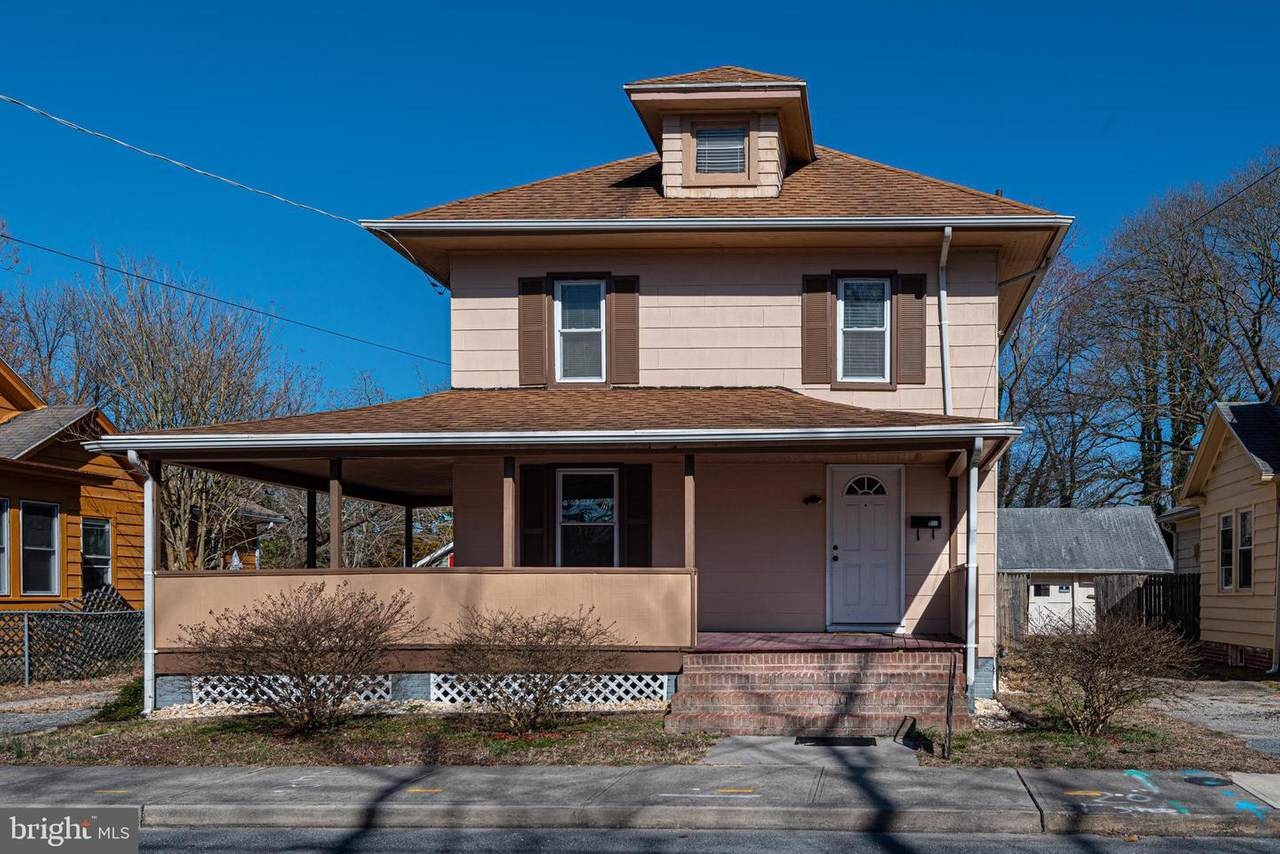 211 Marshall Street - Photo 1