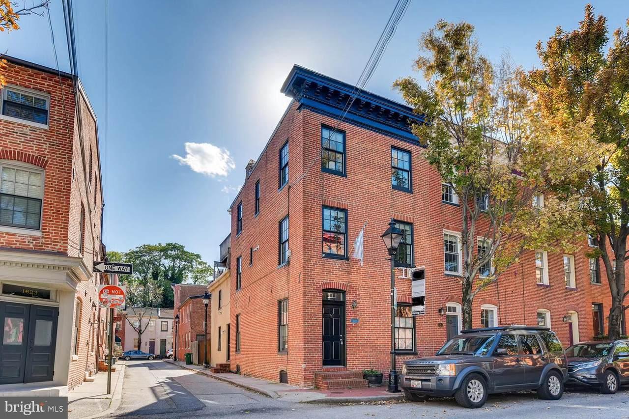 1621 Lancaster Street - Photo 1