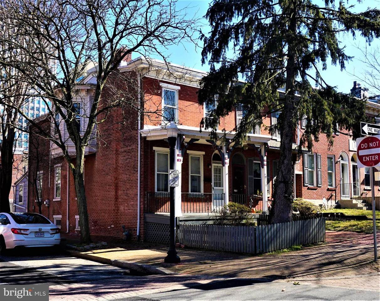 1230 West Street - Photo 1