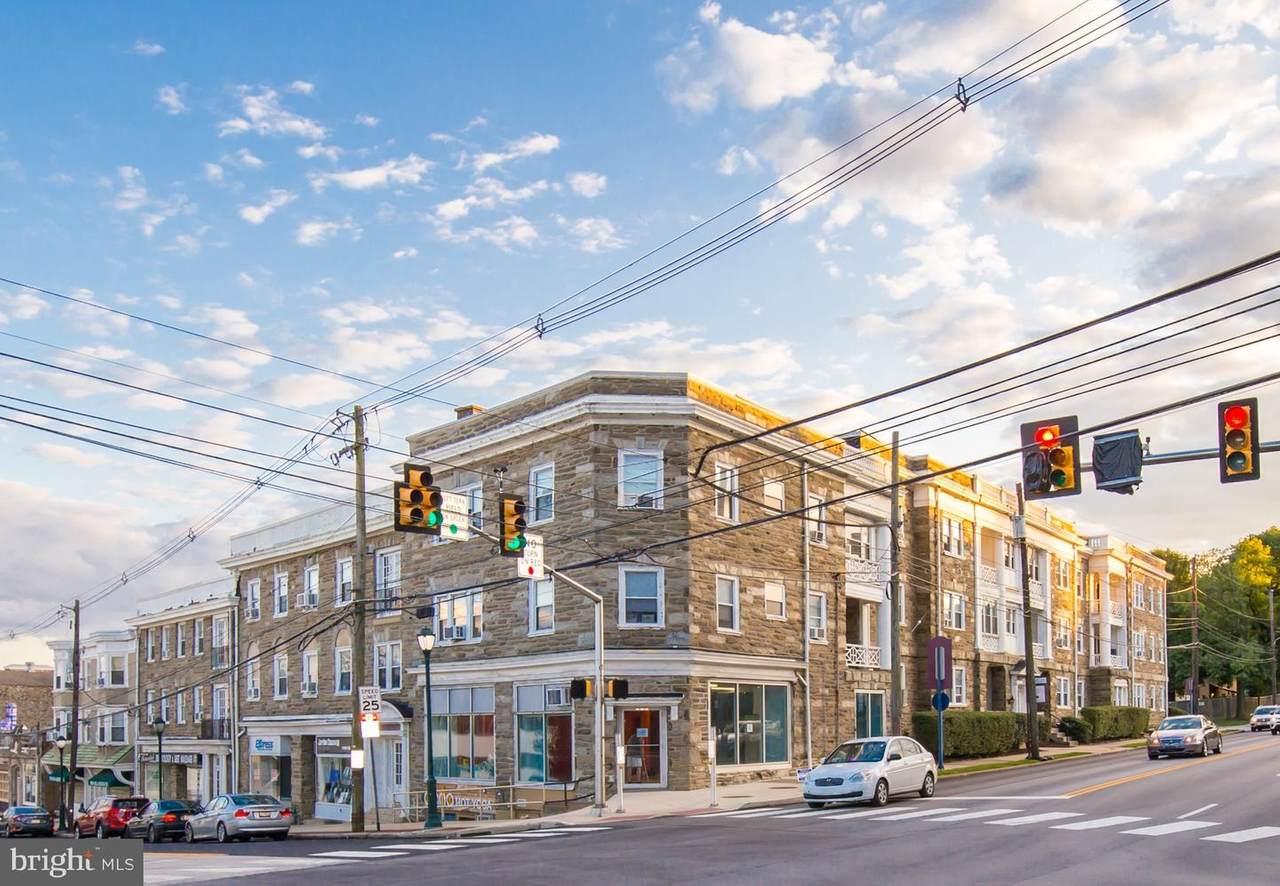 10 Montgomery Avenue - Photo 1