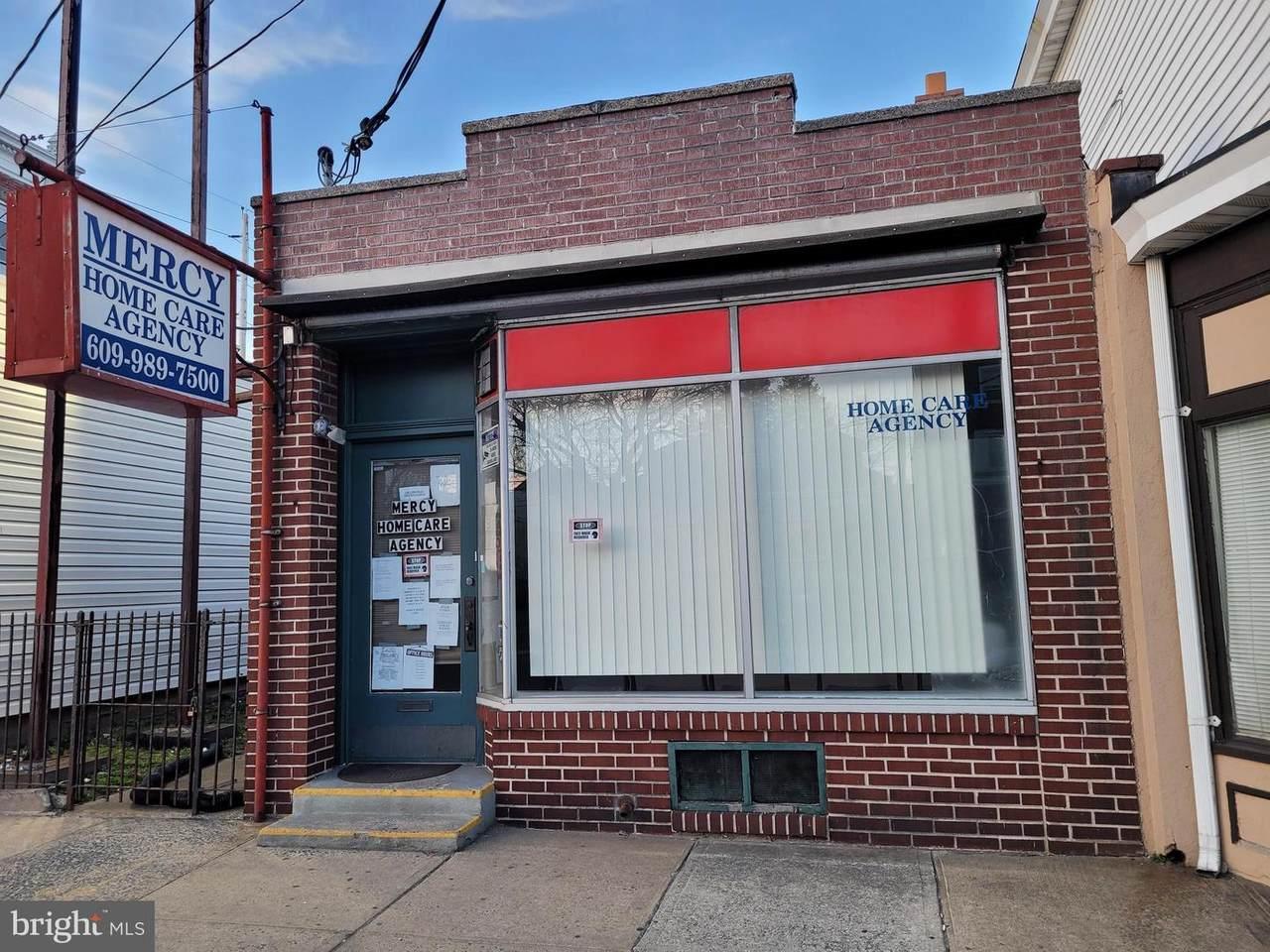 1208 Broad Street - Photo 1