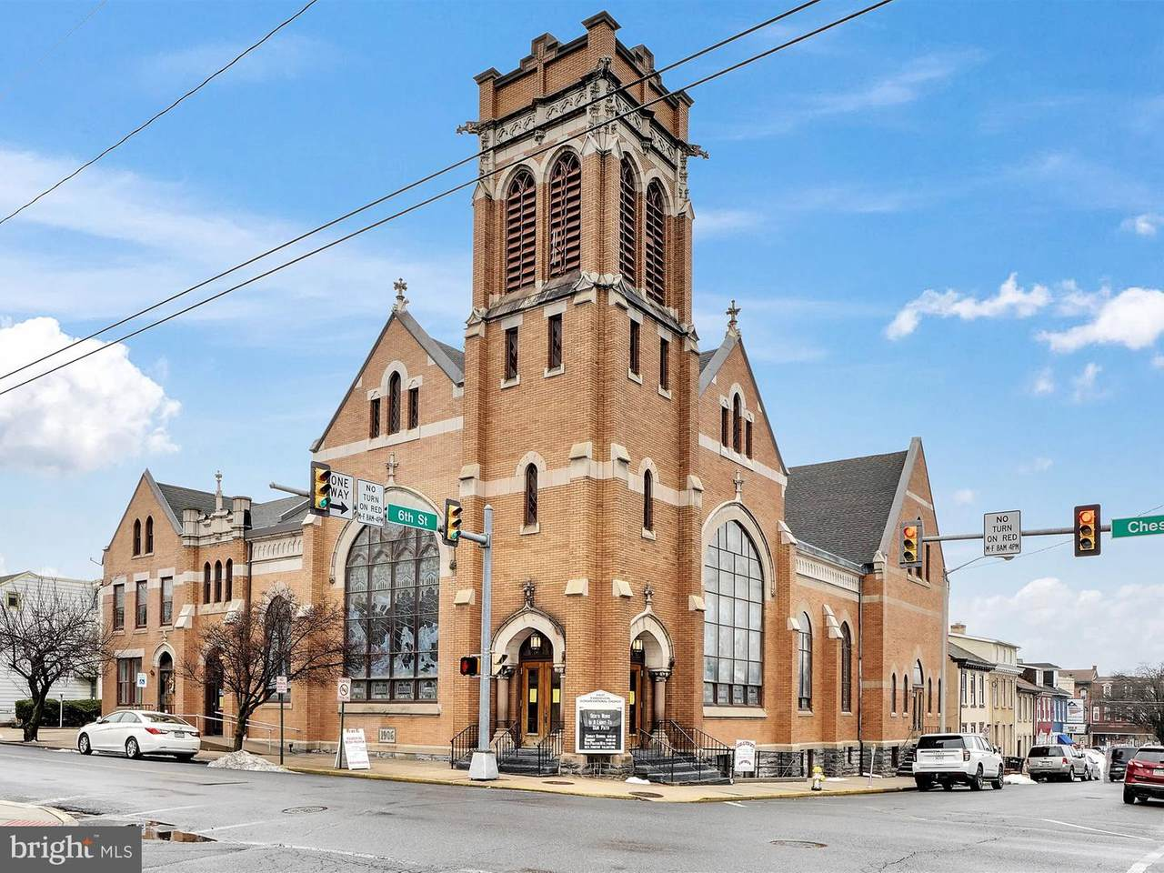 607-613 Chestnut Street - Photo 1