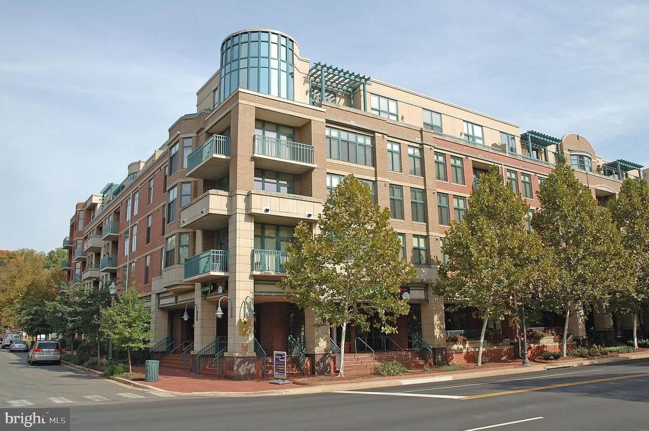 502 Broad Street - Photo 1