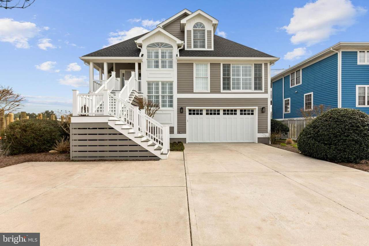 403 Cape Shores Drive - Photo 1