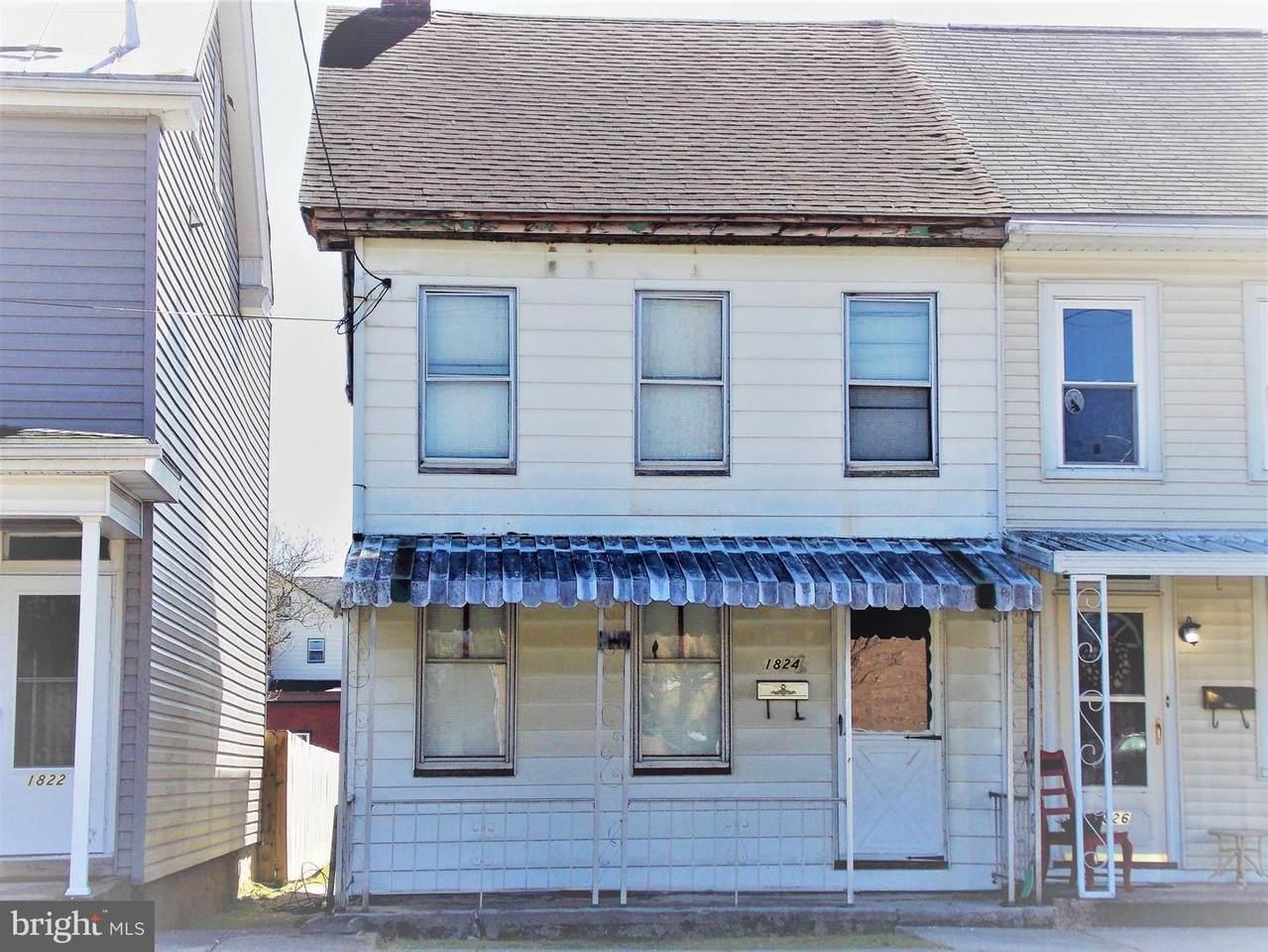 1824 Chestnut Street - Photo 1