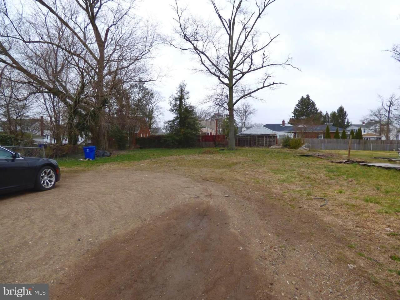 810 Route 130 - Photo 1