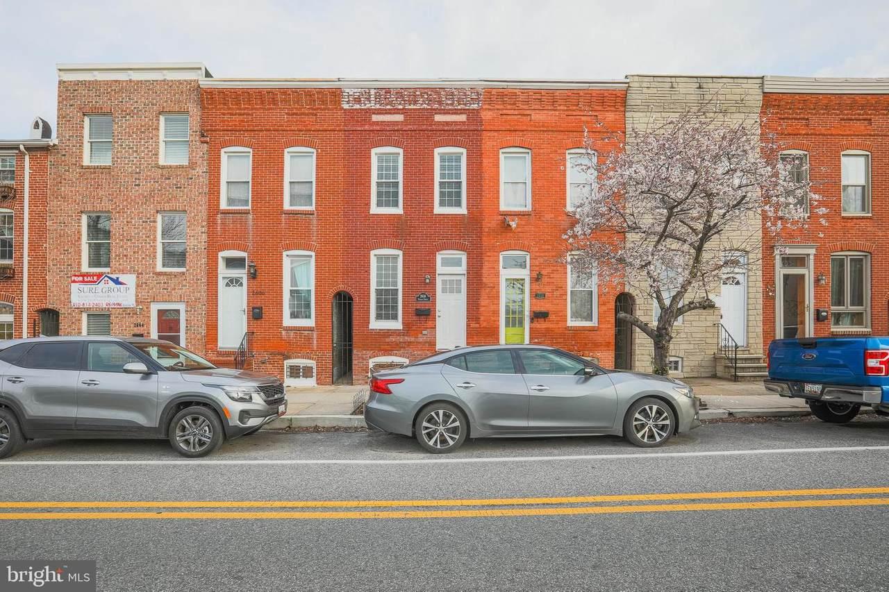 2608 Hudson Street - Photo 1