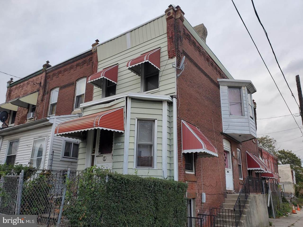 3945 Brown Street - Photo 1