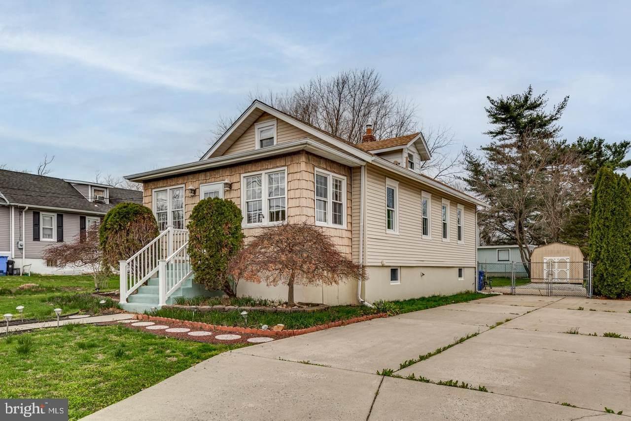 407 Linwood Avenue - Photo 1