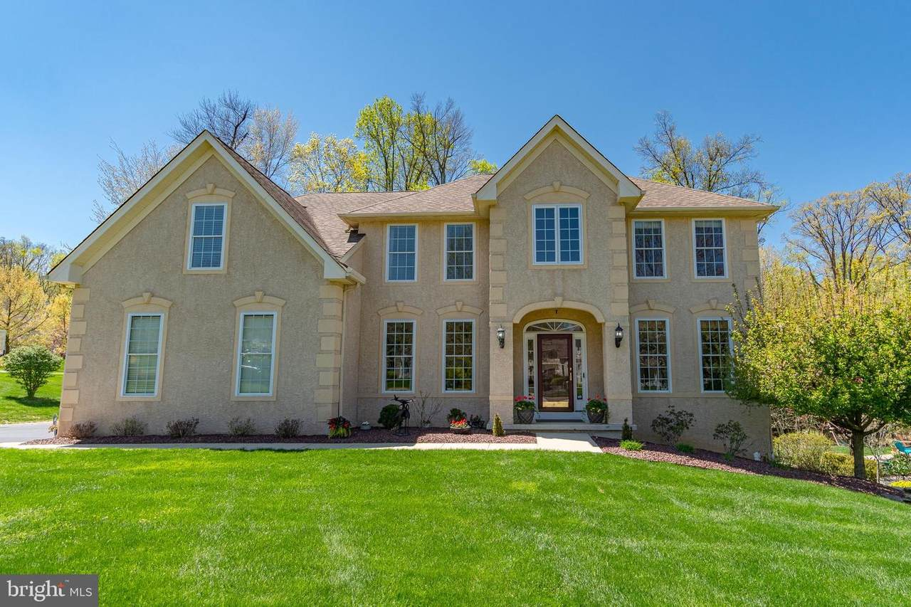 103 Clydesdale Court - Photo 1