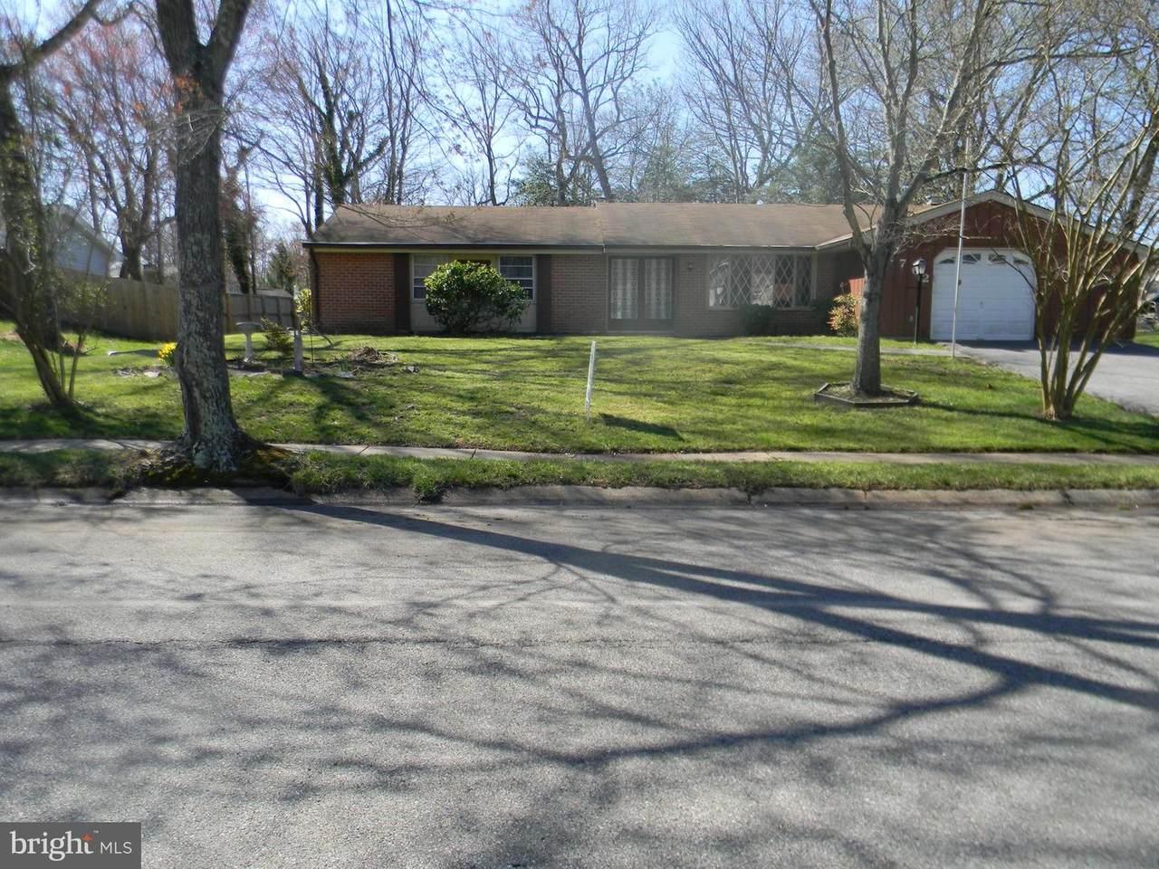 2762 Pinewood Drive - Photo 1