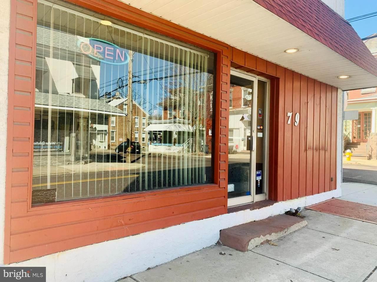 79 Charlotte Street - Photo 1