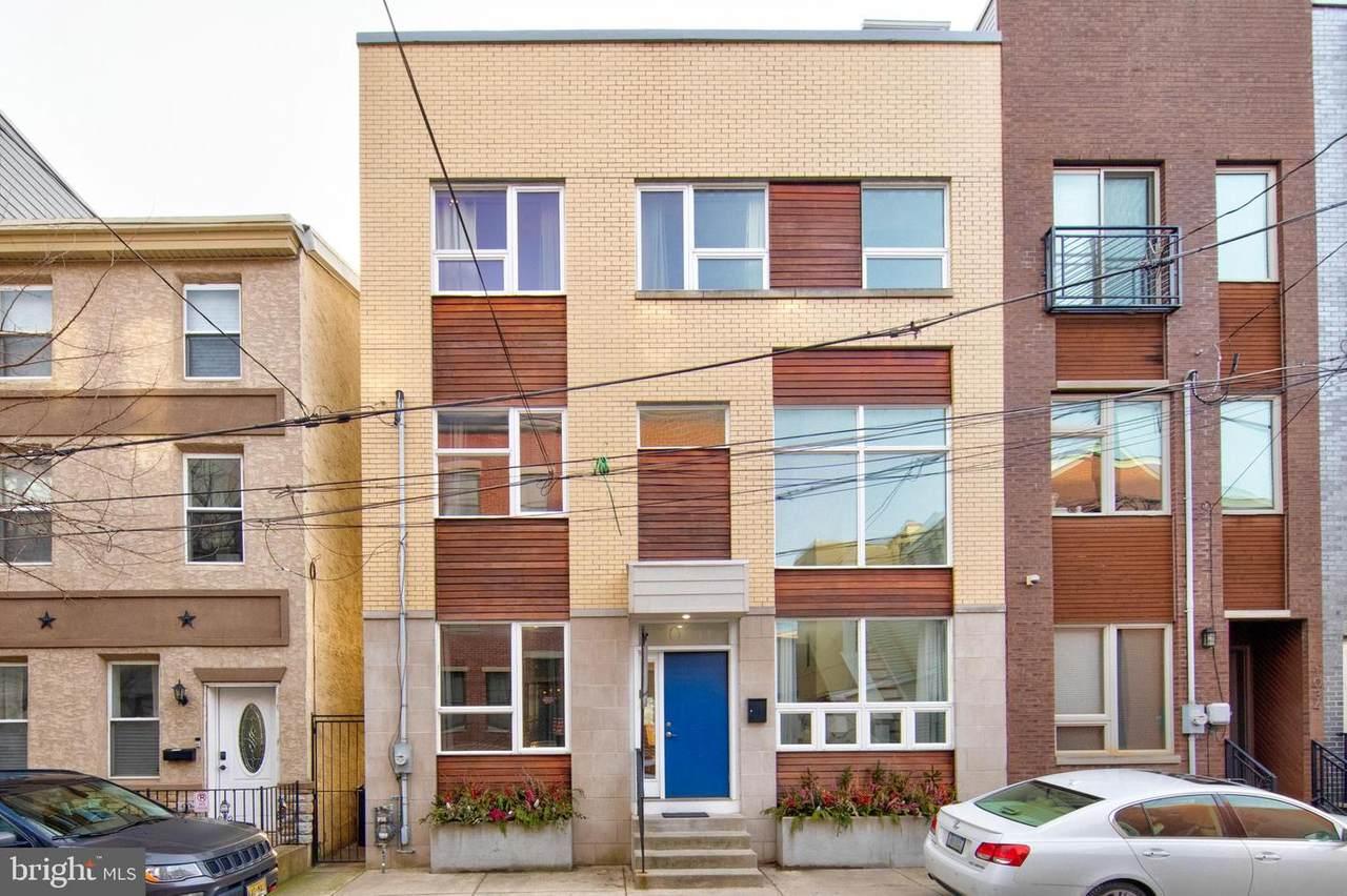 1030-32 Earl Street - Photo 1