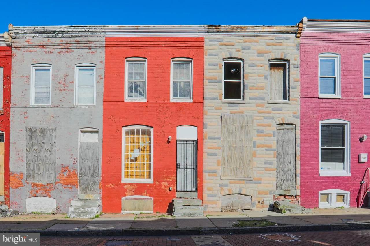 1715 Port Street - Photo 1